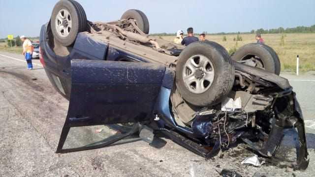 Пожилая пара погибла в страшной аварии под Троицком