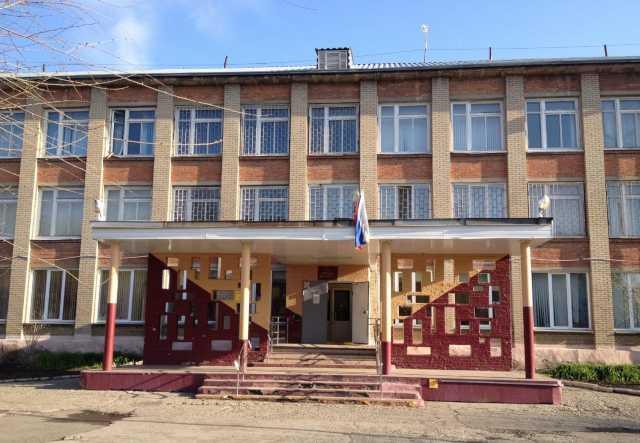В Челябинске перед школьным конкурсом скончалась преподавательница