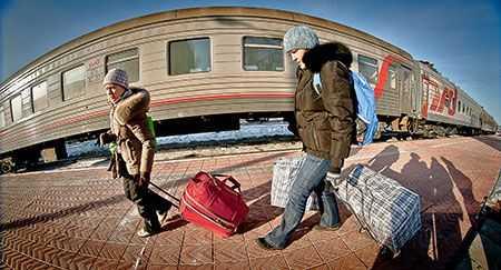ВКопейске дети подкладывали камни нарельсы под поезда