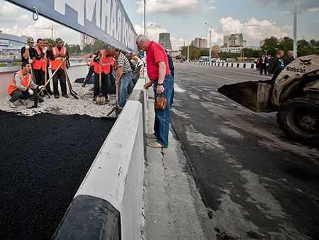 Челябинское УФАС: договоры напроектирование дорожного ремонта были заключены без торгов