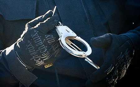 Мигрант упрятал  4 кило марихуаны втрубу, чтобы ввезти наркотик вЧелябинск