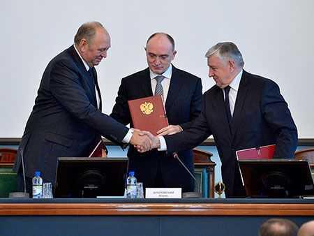 Власти области подписали соглашение осоцпартнёрстве спрофсоюзами ибизнесом