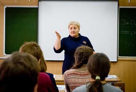 ВЧелябинской области на заработной платы бюджетникам выделили дополнительный млрд