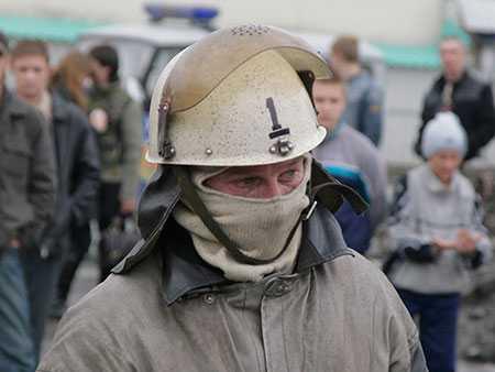 Гражданин  Аргаяшского района облил супругу  и4-летнего сына бензином иподжёг