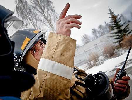 Челябинская угольная компания тушит пожар наКопейском шламохранилище