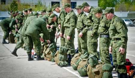 Более 700 южноуральских парней отправили в армию