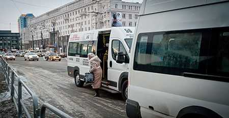 Челябинские власти обратились вУФАС из-за удорожания проезда вмаршрутках