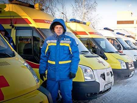 ВЧелябинске неизвестные обстреляли карету скорой помощи