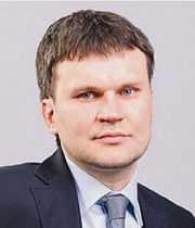 Фирстов-Степан-(цвет),-генеральный-директор-клиники-FMC.jpg