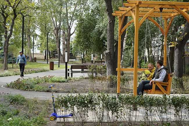 Челябинск_пешеходная-зона-у-драмтеатра_Куткин_240748268.jpg