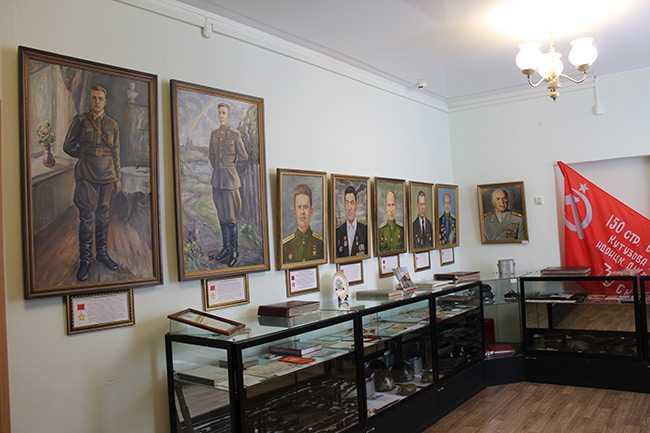музей_Военный-зал3.jpg