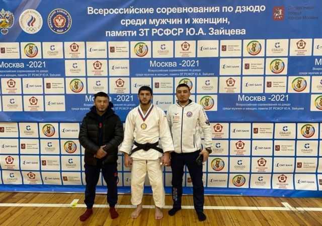 Награждение-Москва-66 кг-Богатырев-2.jpg