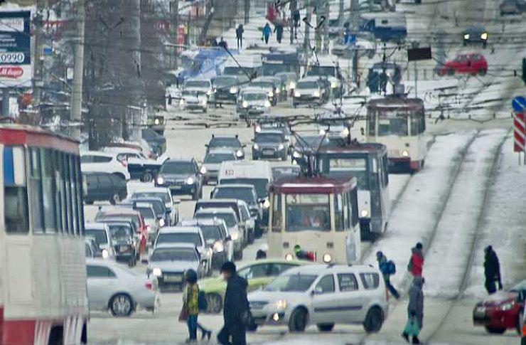 Маршрутка, протаранившая трамвай вЧелябинске, работала незаконно
