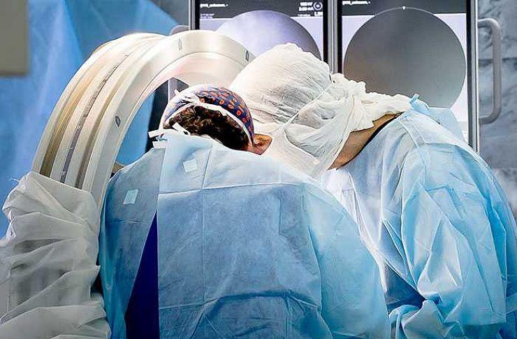Лазер против скальпеля. Челябинские ученые создают инновационные технологии щадящей хирургии